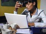 Выпивка на работе: норма или исключение?