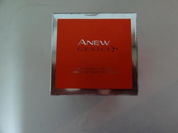 Активизирующий крем для лица «Формула молодости» Anew Genics от Avon