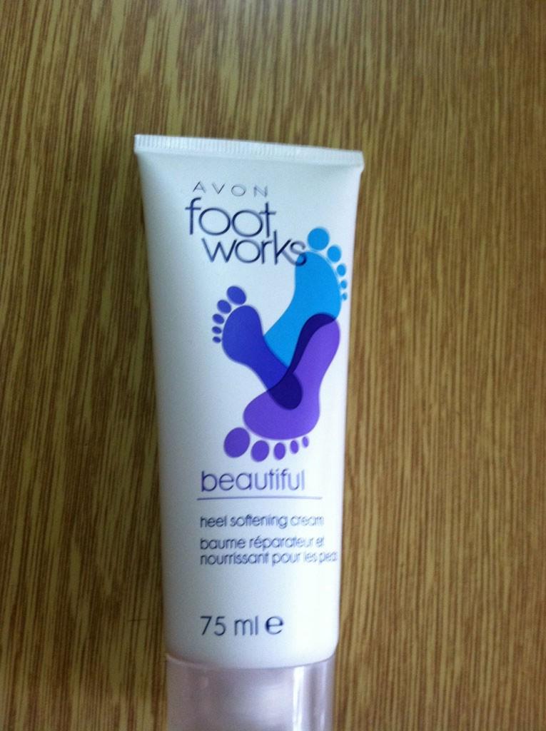 Смягчающий крем для ступней Foot Works от Avon