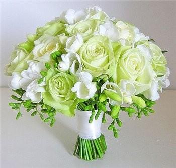 Флористика с Мосцветторг: цветы, букеты и цветочные композиции для начинающих