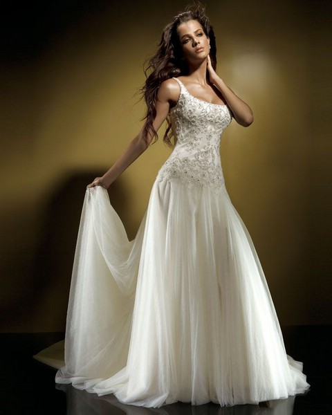 Свадебное платье можно выбрать на tavifa-wedding.ru
