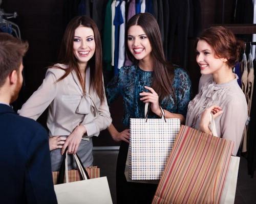 Увлекательный и полезный шопинг в торговом центре