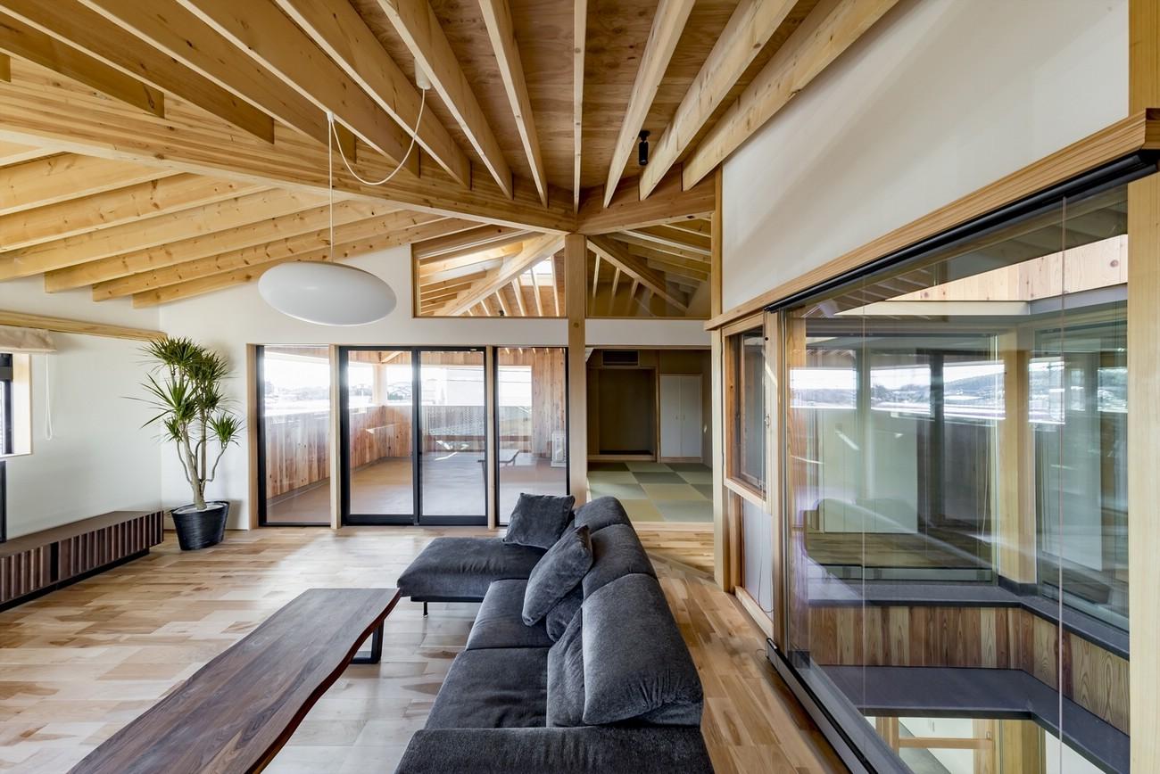 Inayoshi Office & House. Япония