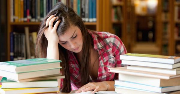 Волнение перед экзаменом в ВУЗе