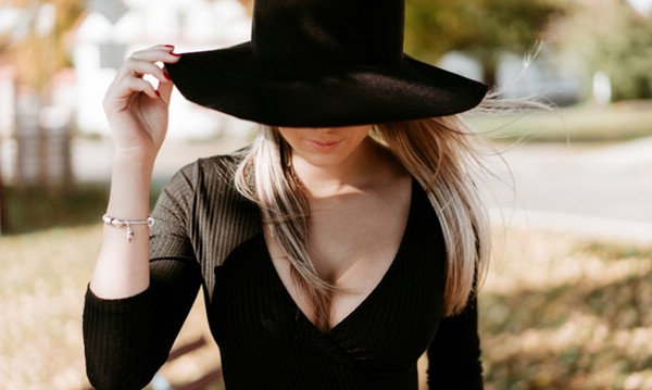 Как развить обаяние и харизму женщине